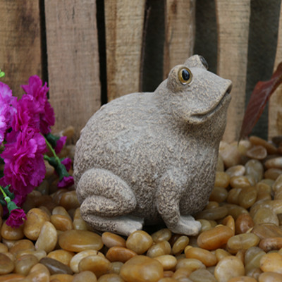 Carved stone frog decorative statue Featured Image