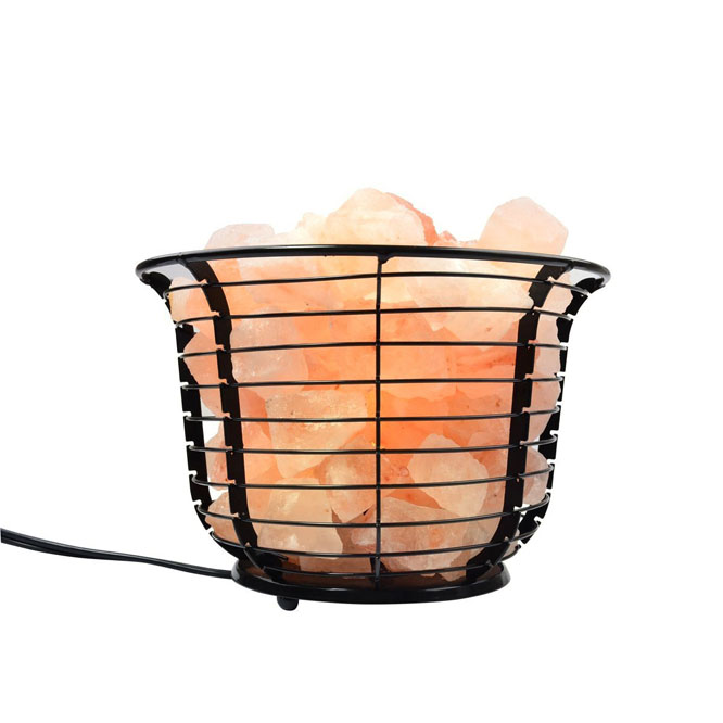 Natural Himalayan Salt Wire Mesh Basket Vase Lamp with Cord, Light Bulb Featured Image