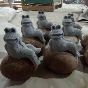 Carving stone decorative frog sculpture