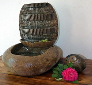 Indoor cobble stone water fountain