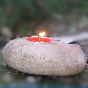 Small cobble stone decorative christmas tealight pillar candle holder